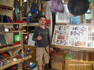 Adrien Defert, artisan cuir et peintre